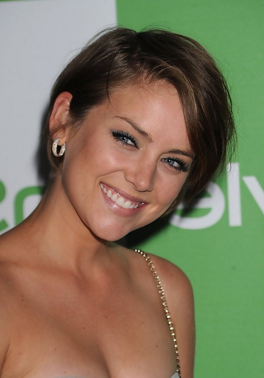Jessica Stroup Short S...Short Bob Haircuts With Bangs 2014