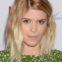 Kate Mara Cute Medium Messy Wavy Hairstyle for Students