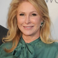 Kathy Hilton Medium Blonde Wavy Haircut for Older Women Over 50