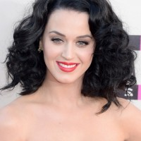 Katy Perry Medium Black Curly Hairstyle for Summer