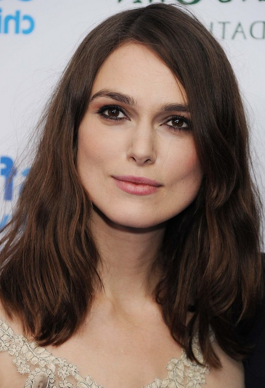 Keira Knightley Shoulder Length Hairstyle for Round Faces ...