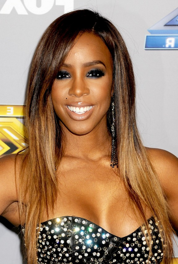 kelly rowland latest long straight layered ombre hairstyle