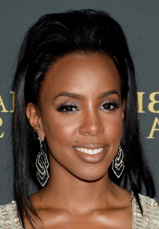 Kelly Rowland Long Straight Teased Hairstyle For Black