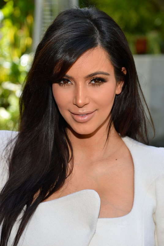 kim kardashian sexy long black straight hairstyle with