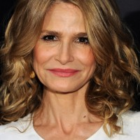 Kyra Sedgwick Medium Curly Hairstyle for Women Over 40