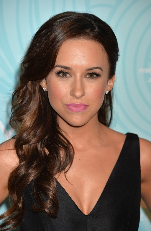 Lacey Chabert Side Curly Prom Hairstyle For Long Hair