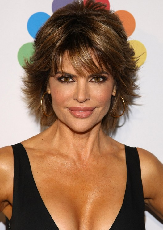 Latest Popular Layered Short Razor Cut from Lisa Rinna