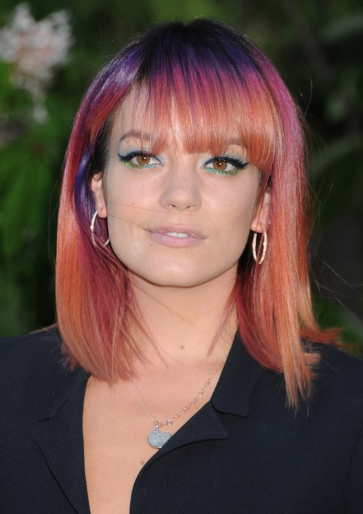Lily Allen Medium Straight Cut With Bangs For Square Faces