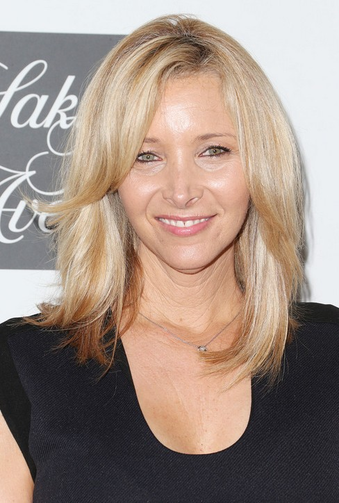 Lisa Kudrow Medium Hairstyles
