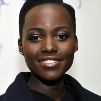 Lupita Nyong'o Side Parted Short Black Curly Haircut for Black Women