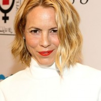 Maria Bello Short Blonde Wavy Hairstyle for Fall