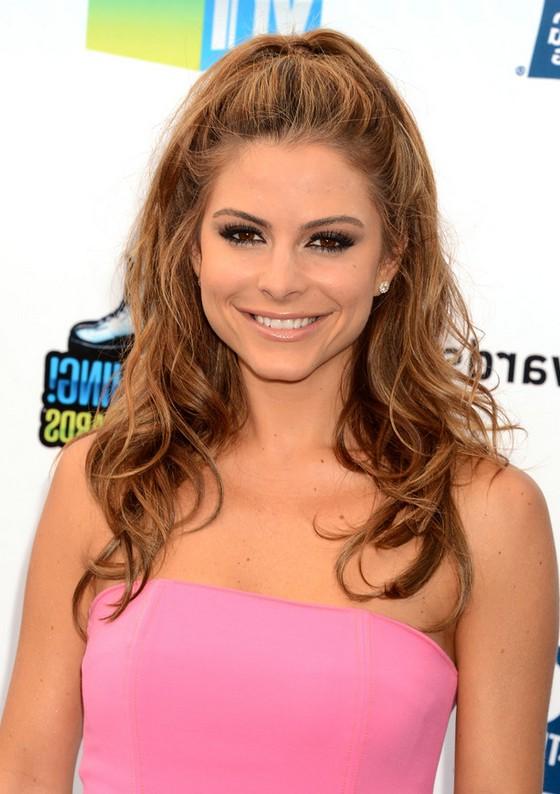 Outstanding Maria Menounos Easy Elegant Half Up Half Down Hairstyle With Curls Short Hairstyles Gunalazisus