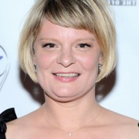Martha Plimpton Short Bob Haircut with Side Swept Bangs for Women Over 40