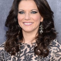 Martina McBride Medium Dark Brown Hairstyle for Women Over 50
