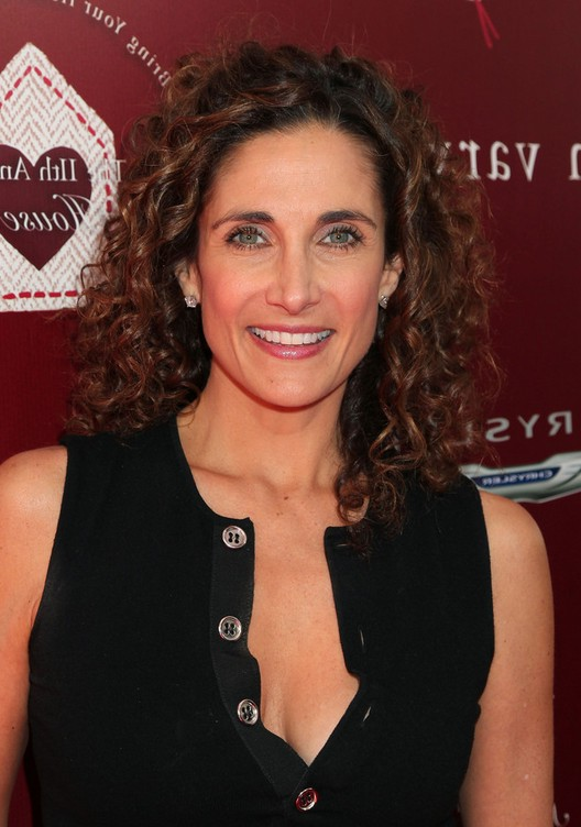 Melina Kanakaredes Shoulder Length Curly Hairstyle For Women