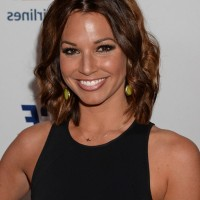 Melissa Rycroft-Strickland Casual Short Wavy Hair Style