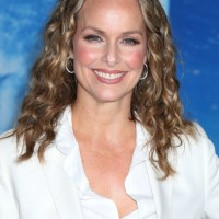 Melora Hardin Shoulder Length Curly Hairstyle for Women Over 40