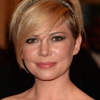 Michelle Williams Beautiful Short Haircut with Long Bangs for Wedding