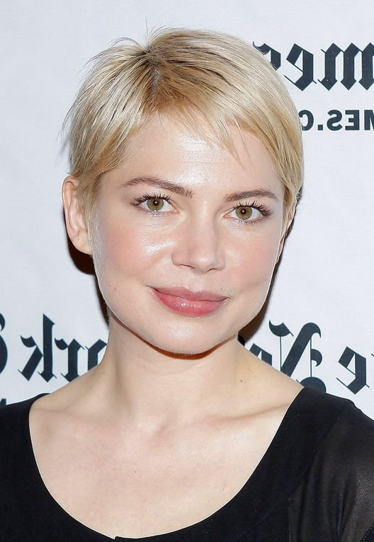 Michelle Williams Short Straight Pixie Cut For Square Faces Styles