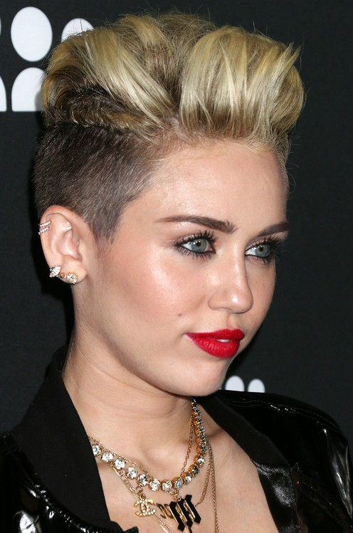 Miley Cyrus Cool Short Spiked Straight Haircut Styles Weekly