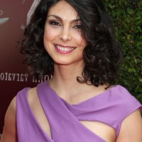 Morena Baccarin Medium Curly Hairstyle for Round Faces