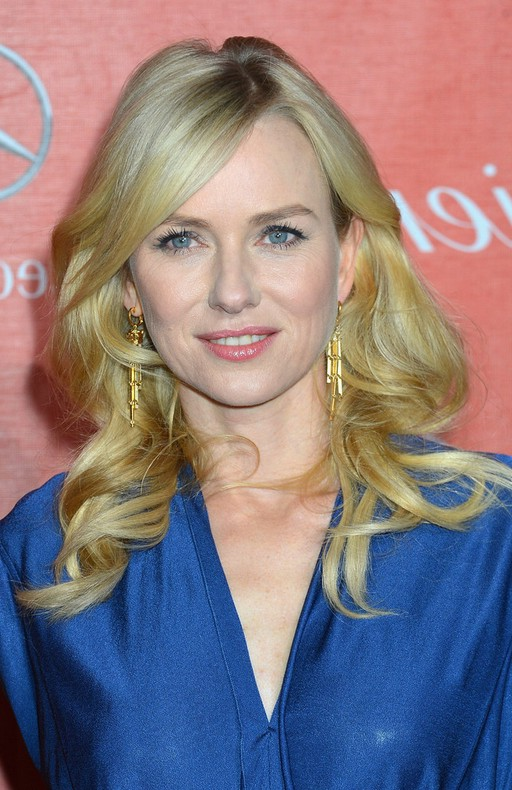 Naomi Watts Long Blonde Curly Hairstyle With Sleek Side