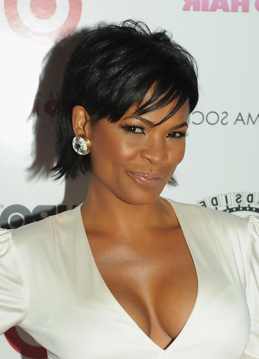 Nia Long Short Straight Black Haircut with Bangs for Black