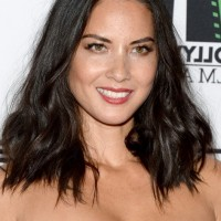 Olivia Munn Center Part Mid Length Wavy Hairstyle