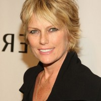 Patti Hansen Short Layered Razor Hairstyle for Women Over 50