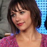 Rashida Jones Chic Simple Short Straight Haircut