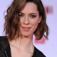 Rebecca Hall Short Wavy Bob Cut for Fall