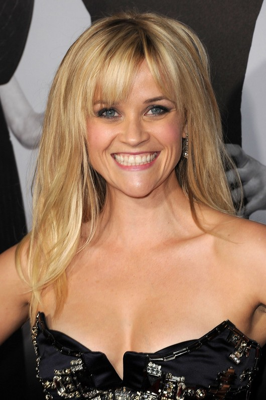 Reese Witherspoon Latest Long Blonde Straight Hairstyle With Wispy