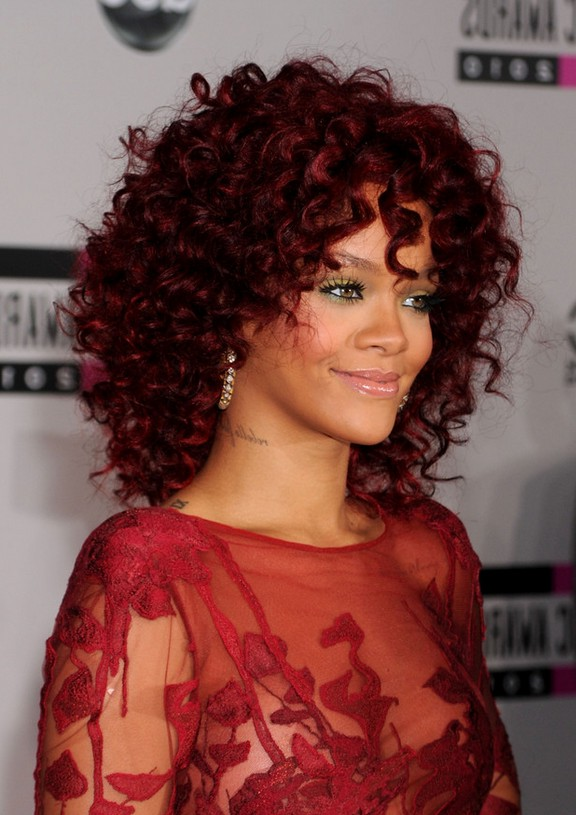 Medium Curly Hairstyles Styles Weekly