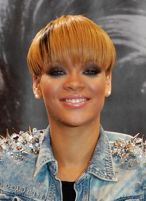 rihanna short straight bowl cut with straight across bangs styles