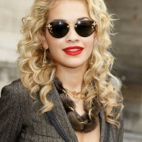 Rita Ora Long Blonde Curly Hairstyle for Summer