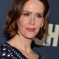Sarah Paulson Short Brown Hairstyle with Beachy Waves