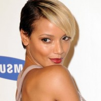 Selita Ebanks Trendy Short Straight Black Blonde Hairstyle