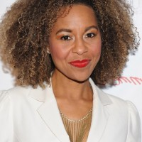 Shawn Richardz Medium Length Curly Hairstyle for Black Women