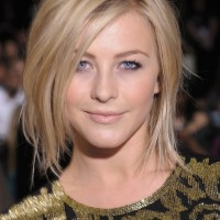 Short Choppy Straight Hairstyle for Women