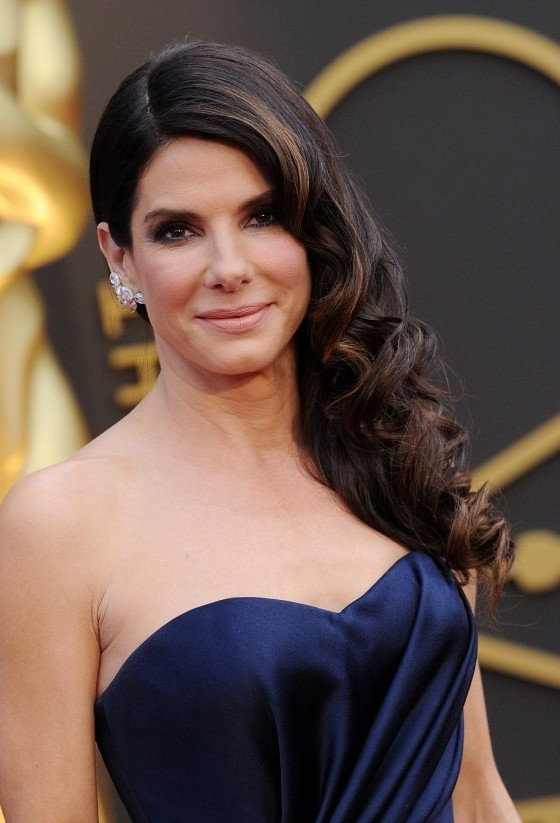 Side Swept Celebrity Hairstyle From Sandra Bullock Styles Weekly