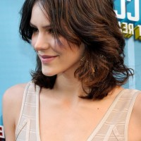 Side View of Katharine McPhee Medium Length Curly Hairstyle for Thick Hair