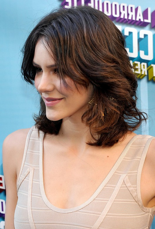 Pleasing Side View Of Katharine Mcphee Medium Length Curly Hairstyle For Hairstyles For Women Draintrainus
