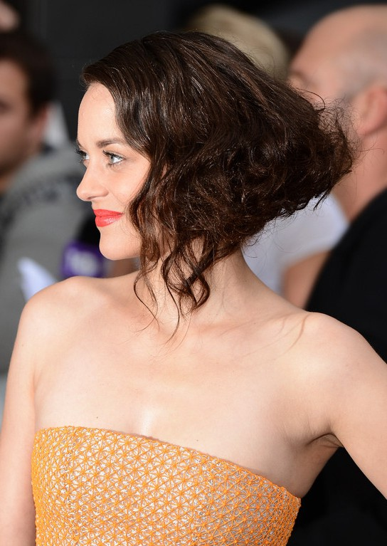 Side View Of Marion Cotillard Retro Faux Bob Hairstyle With
