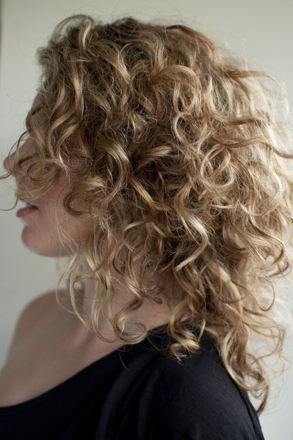 how to style curls on medium length hair most popular hairstyles for curly hair crazyforus 8936