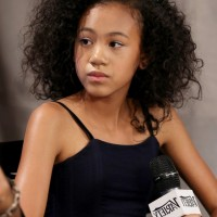 Troi Zee Cute Curly Hairstyle for School