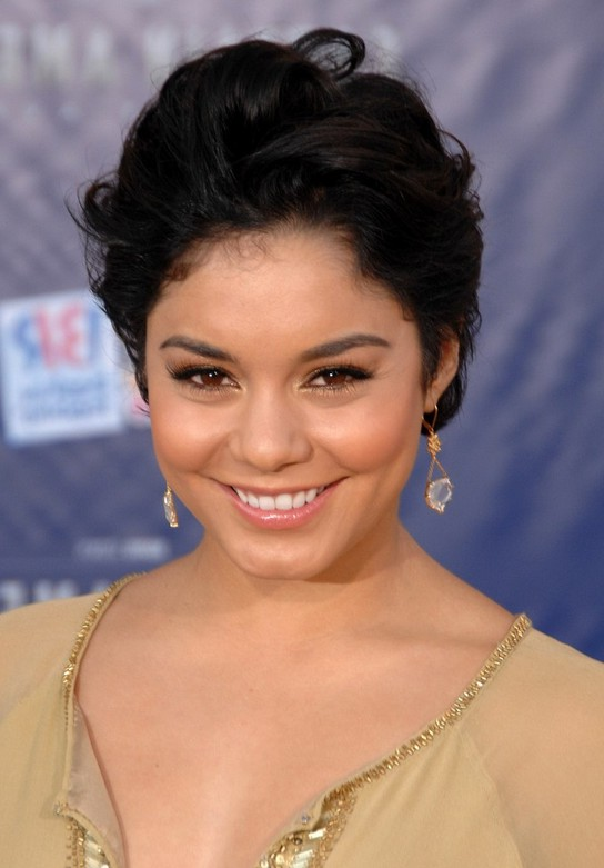Vanessa Hudgens Short Tousled Wavy Hairstyle with Waves