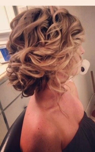 Messy Curly Hairstyles with Updos