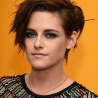 2015 Kristen Stewart Short Haircut: Messy Short Hairstyles with Side Bangs