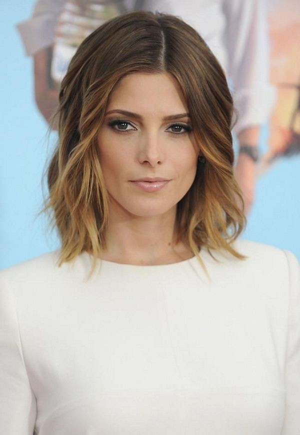 Celebrity Simple Easy medium wavy hairstyle