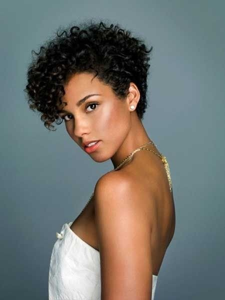 12 Pretty Short Curly Hairstyles for Black Women | Styles Weekly